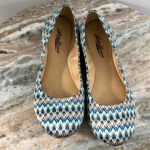 Lucky Brand Flats Size 6 Blue Print Satin Shoes